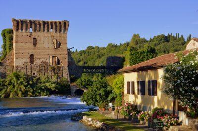 Italienische Lebensfreude pur am wunderschönen Gardasee und die Kunststadt Verona